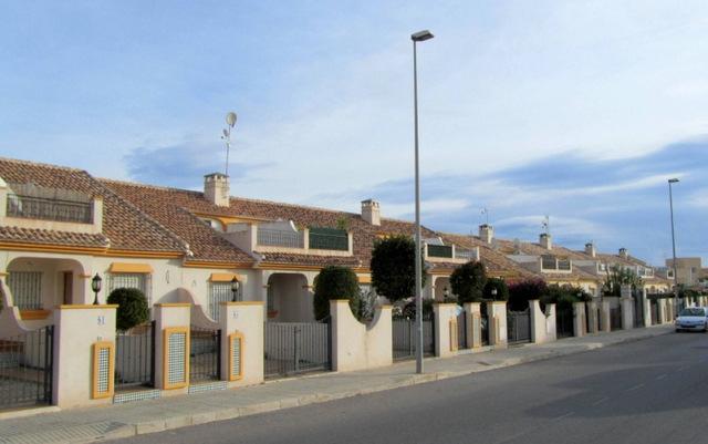 Residential areas Orihuela: Villapiedra and La Regia