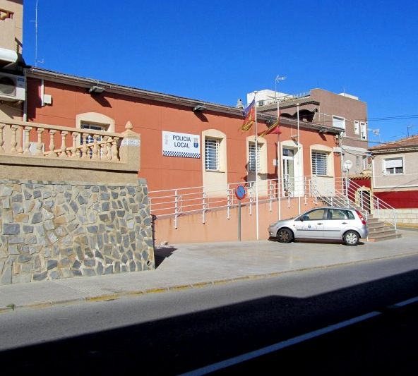 Policia local and Guardia Civil in San Miguel de Salinas