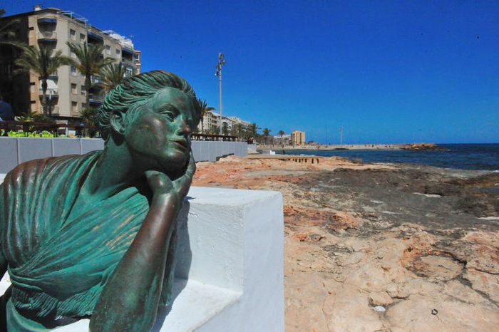 Alicante today torrevieja beaches piscinas naturales for Piscinas naturales juan adalid