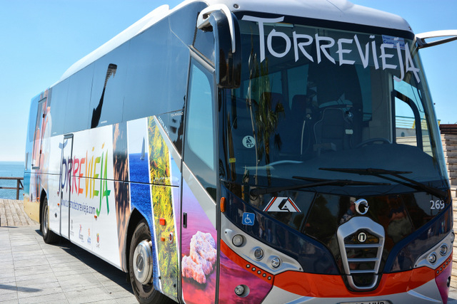 Torrevieja-Alicante airport shuttle bus reports growing passenger numbers