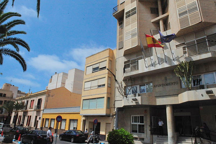 Torrevieja Town Hall, location and telephone numbers