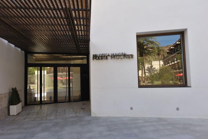María Moliner Library, Orihuela
