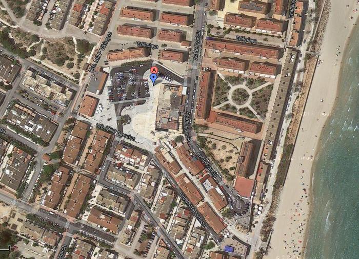 Plaza de Mil Palmeras, Pilar de la Horadada