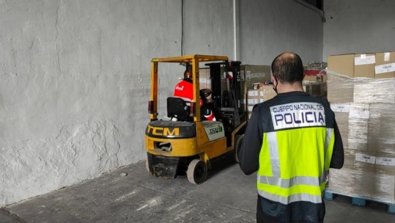 Delivery driver in Alicante steals 250,000 euros of chocolate