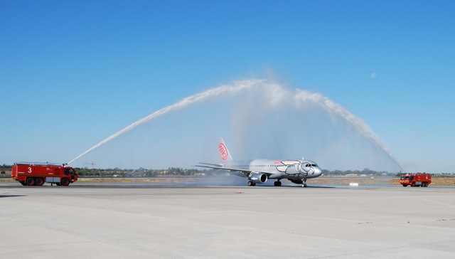 First 2015 flight from Vienna arrives at Alicante-Elche airport