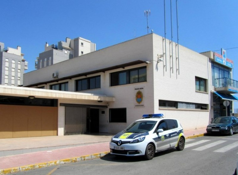 Police and Guardia Civil in Guardamar del Segura