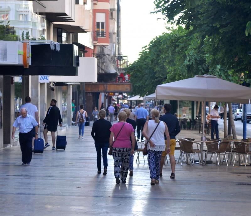 Rambla de Méndez Núñez in Alicante City