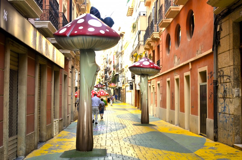 Calle San Francisco or Calle de las Setas in Alicante City