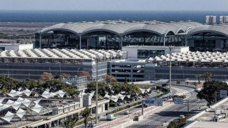 New September passenger number record at Alicante-Elche airport