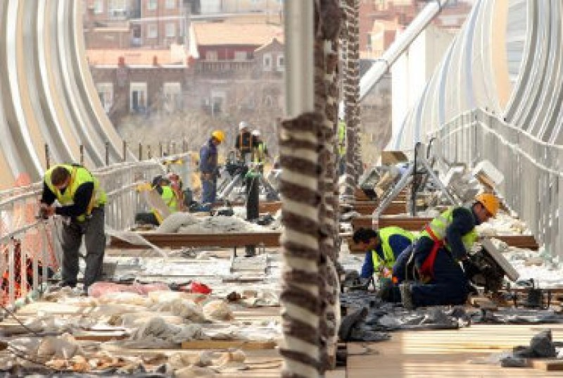 Alicante unemployment figure rose slightly in February