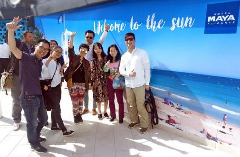 Costa Blanca woos Chinese tourists