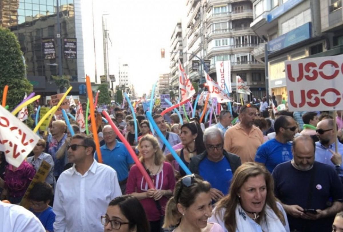 Vega Baja parents protest at use of Valenciano language in schools