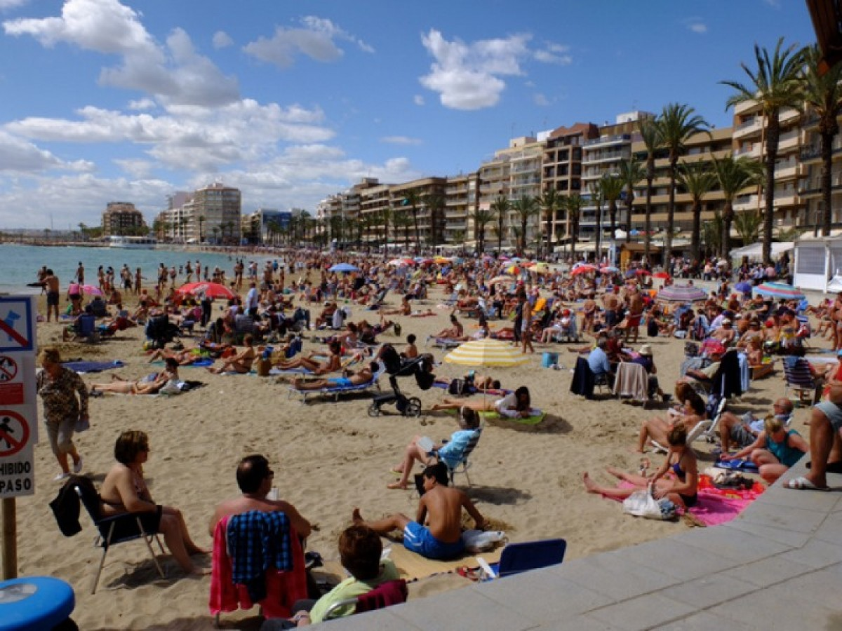 Two-year-old saved from kidnapping at Torrevieja beach