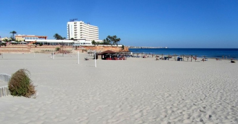 9-year-old British boy dies in La Zenia after a beach football accident