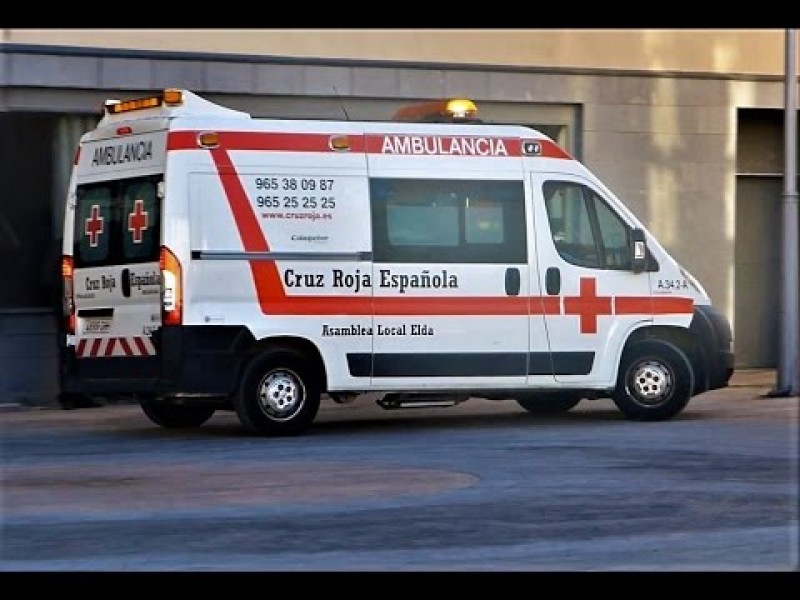 Mystery surrounds woman who fell from ambulance on the motorway in Alicante