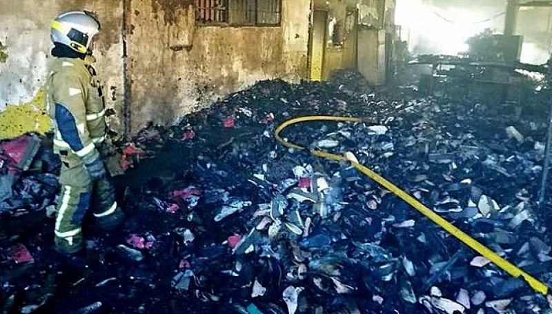 Elche shoe factory burns down in Alicante province