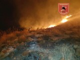 Forest fire burns four hectares of scrubland in the Sierra de Fontcalent in Alicante
