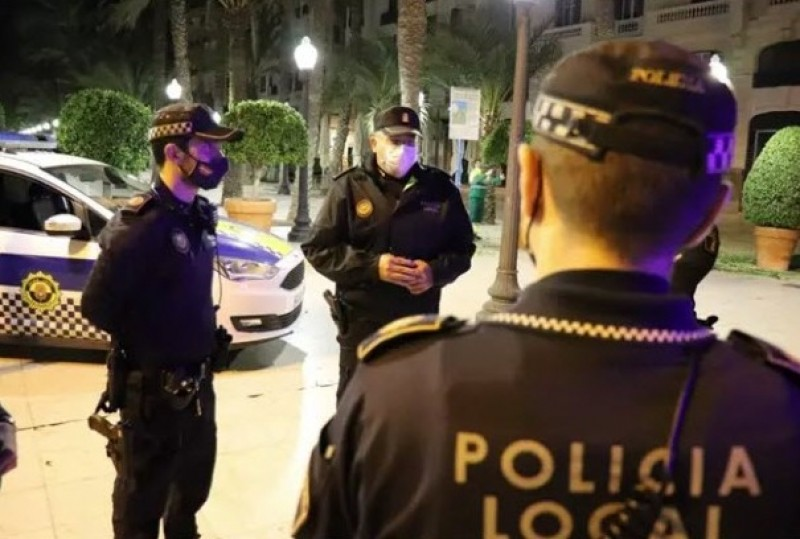 52 incidents this weekend in Alicante for breaking curfew regulations