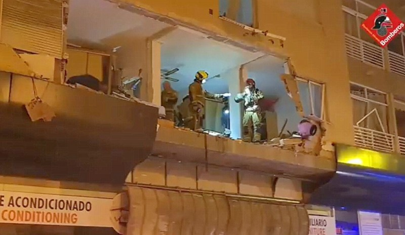 Violent gas explosion causes serious damage in centre of Torrevieja