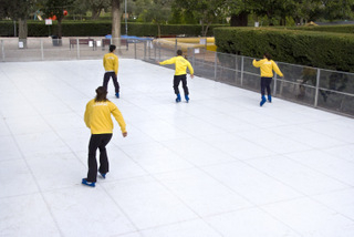 <span style='color:#780948'>ARCHIVED</span> - New ice skating facility opens at the Tentegorra park, Cartagena