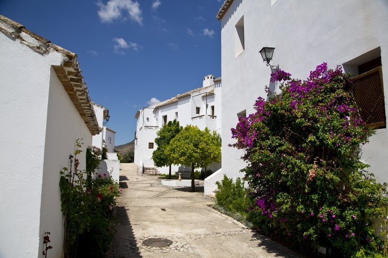 Cheap local getaways available for Andalusian residents with bono turistico until December 2021