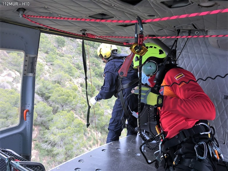 <span style='color:#780948'>ARCHIVED</span> - Injured walker airlifted from Sierra de Columbares in Murcia