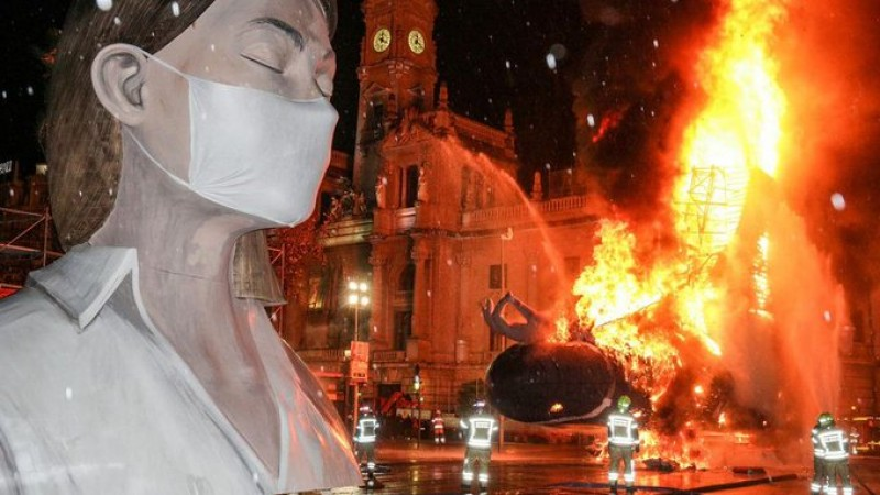 <span style='color:#780948'>ARCHIVED</span> - Larger than life Fallas of Valencia to make a spectacular comeback in September