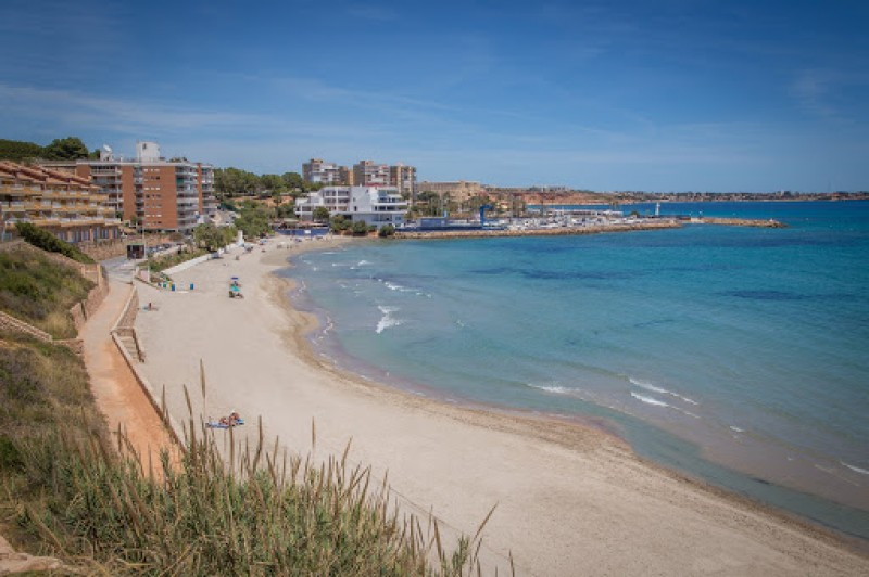 Alicante province remains national leader with the most coveted Blue Flags in Spain