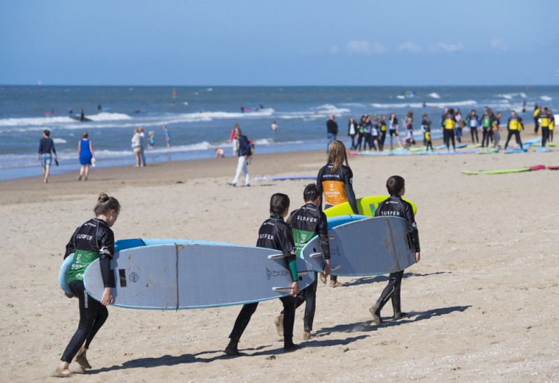Orihuela opens its beaches to surfers: Cala Cerrada is ideal for surfers