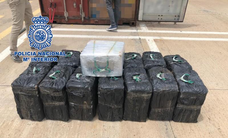 Police intercept 450 kilos of cocaine en-route to Valencia in shipping container