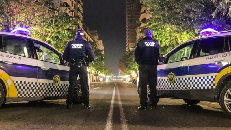 <span style='color:#780948'>ARCHIVED</span> - Over 100 fines relating to covid infractions during the first weekend with no curfew in Alicante