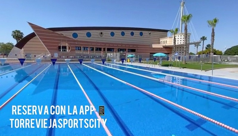 <span style='color:#780948'>ARCHIVED</span> - Torrevieja Sportscity outdoor pool open for the summer