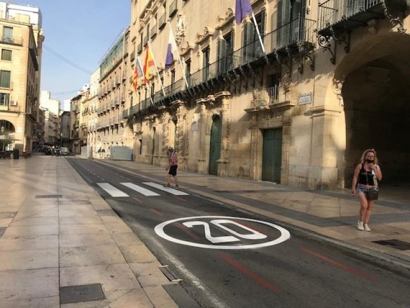<span style='color:#780948'>ARCHIVED</span> - Reduced speed limits in Alicante to pedestrianise the city centre