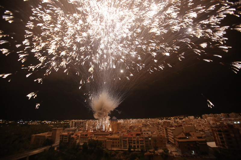 <span style='color:#780948'>ARCHIVED</span> - Elche cancels spectacular annual firework celebrations amid Covid concerns