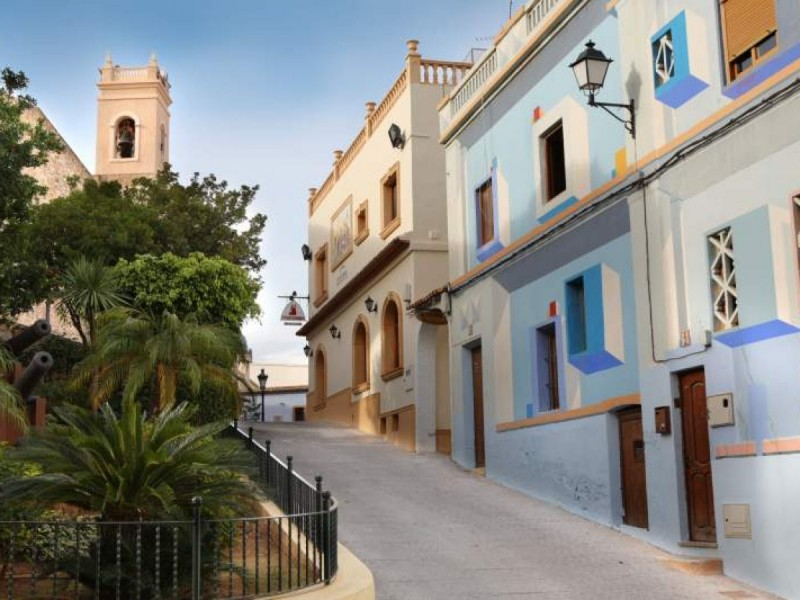 Free guided tours of Calpe Old Town in English and other languages