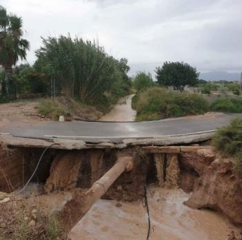 <span style='color:#780948'>ARCHIVED</span> - Half a million approved to repair storm damaged roads in Alicante
