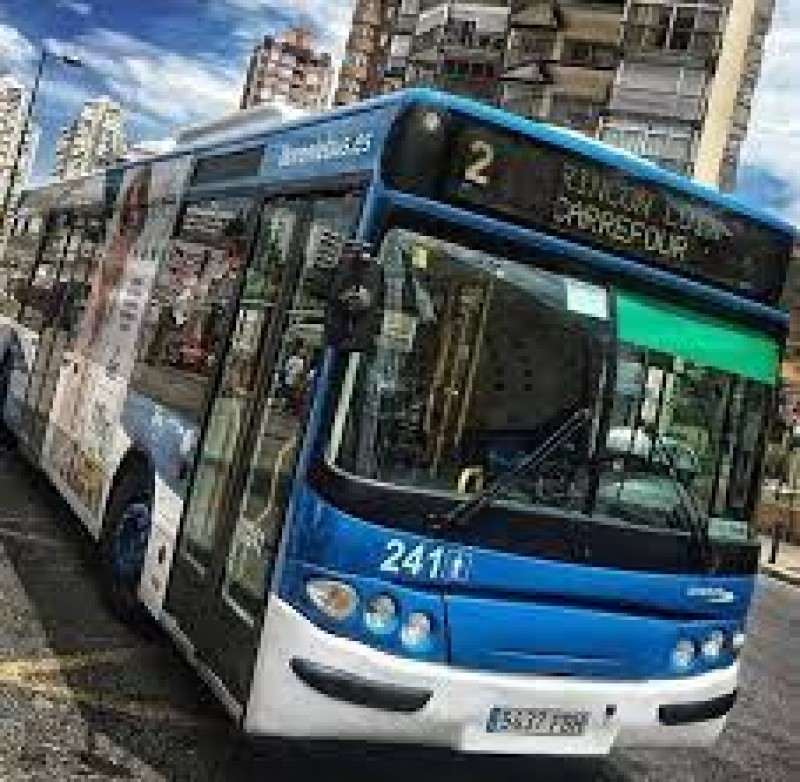 Free shuttle buses and public transport cards for Benidorm residents
