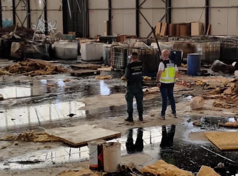 Police shut down illegal toxic waste storage sites in Alicante