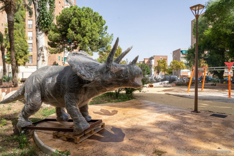 <span style='color:#780948'>ARCHIVED</span> - Cartagena park remodelled with Jurassic theme