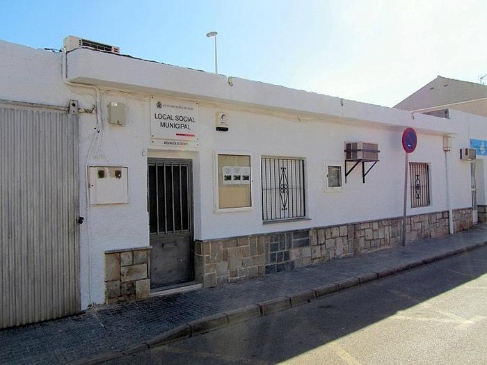 Social centres and neighbours association in Los Urrutias